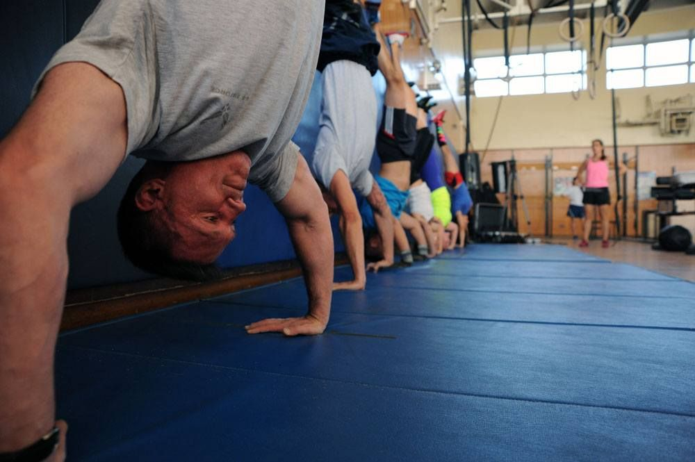 CrossFit Handstand Push Up