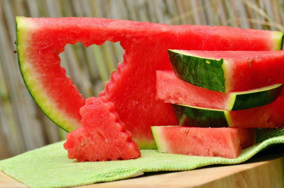 calories in whole watermelon