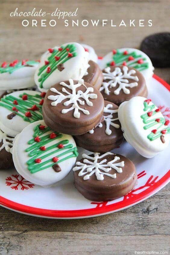 Chocolate Dipped Oreo Snowflakes